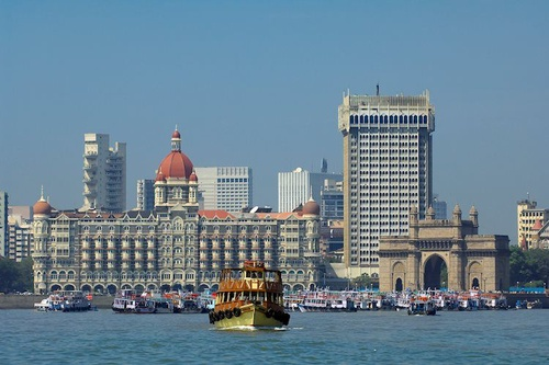 https%3A%2F%2Feditorial.fxstreet.com%2Fimages%2FMacroeconomics%2FCountries%2FAsia%2FIndia%2Ftaj mahal palace and gateway of india 21174816 Large
